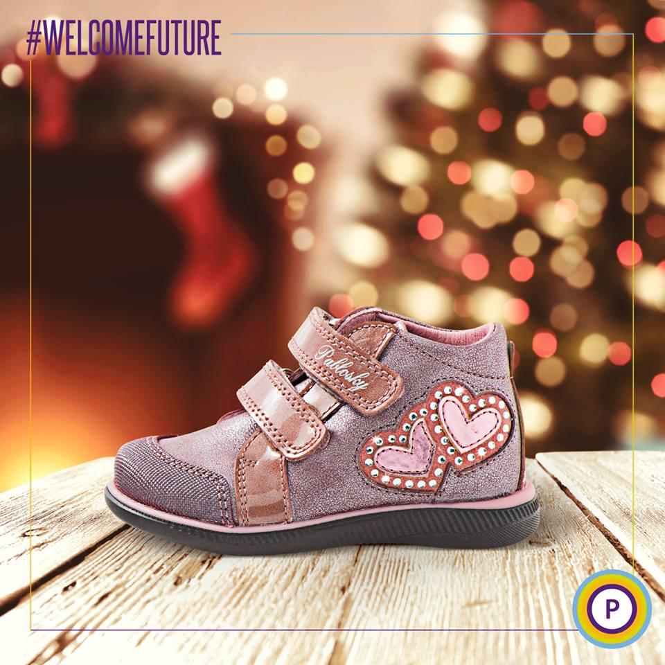 Que las navidades sean aún más bonitas con estas botitas de pavlosky!!  A nosotros nos nos tienen enamorados!! Ven a vernos y disfruta comprando! #botas #niña #almansa #albacete #moda #zapatos