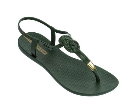Para ir guapísima hasta en la playa te presentamos las nuevas sandalias de Ipanema 😍😍 No te pierdas la selección que hemos preparado para ti en nuestras tiendas! Ven a vernos y disfruta comprando!!